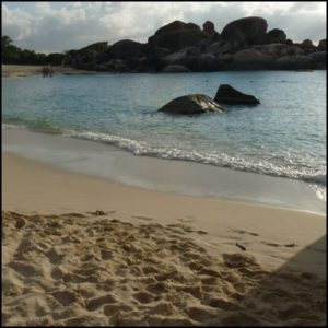 rocher plage mer sable