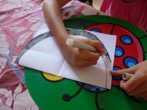 arc-en-ciel carte pop-up enfant activité coloriage enfant