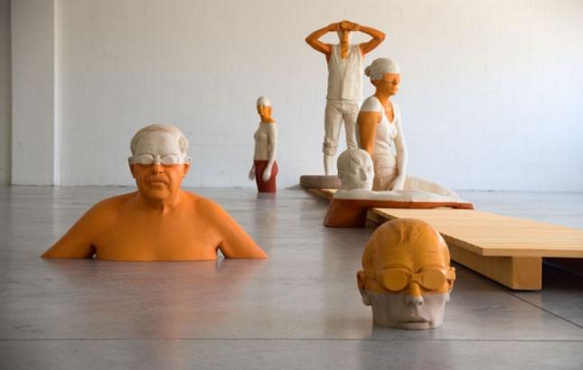 willy verginer sculpture en bois personne surface