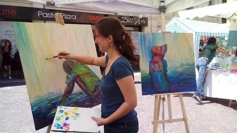 elize peinture peindre en public pinceau femme art artiste