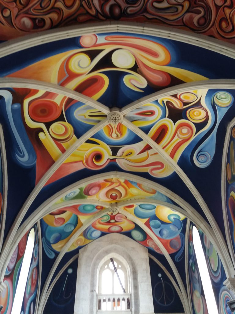 Jorge Carrasco Menoux eglise fresque colorée voute
